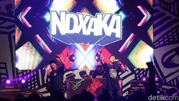 Tarik Terus! Goyang Bersama NDX AKA di Synchronize Fest 2018