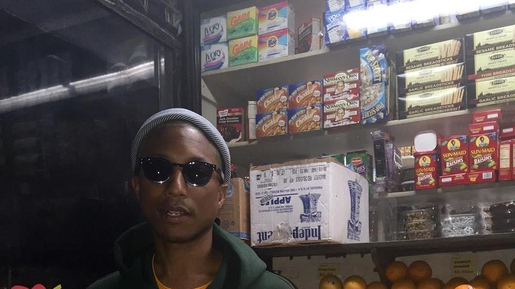 Pharrell Williams Ternyata Jago Buat Pizza hingga Hobi Belanja Buah