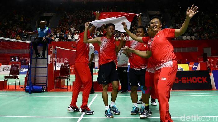 Tim bulutangkis Indonesia menyumbangkan emas di Asian Para Games 2018. (Foto: Agung Pambudhy)