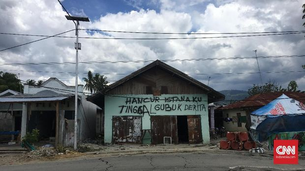 Protes Warga Palu untuk Festival Nomoni Era Pasha Ungu