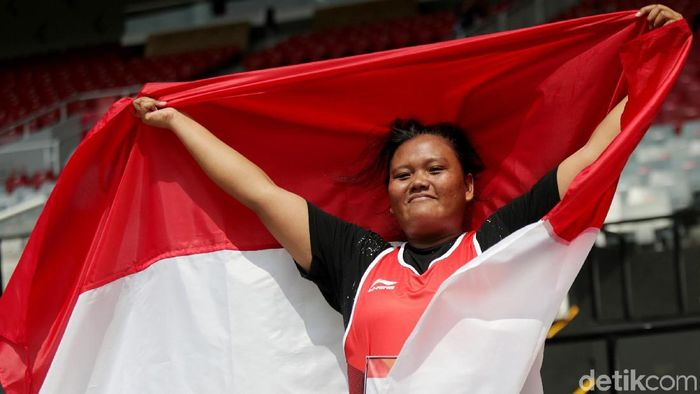 Suparniyati menyumbang satu dari empat emas Indonesia pada Senin (8/10/2018). (Foto: Agung Pambudhy)