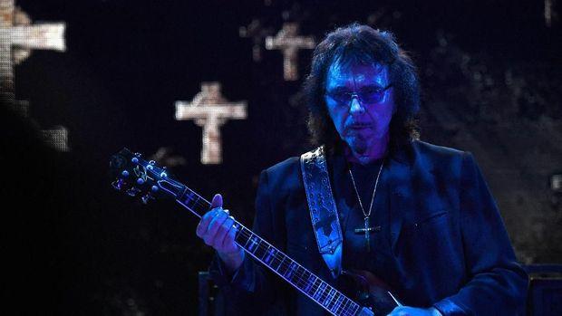 Tony Iommi.