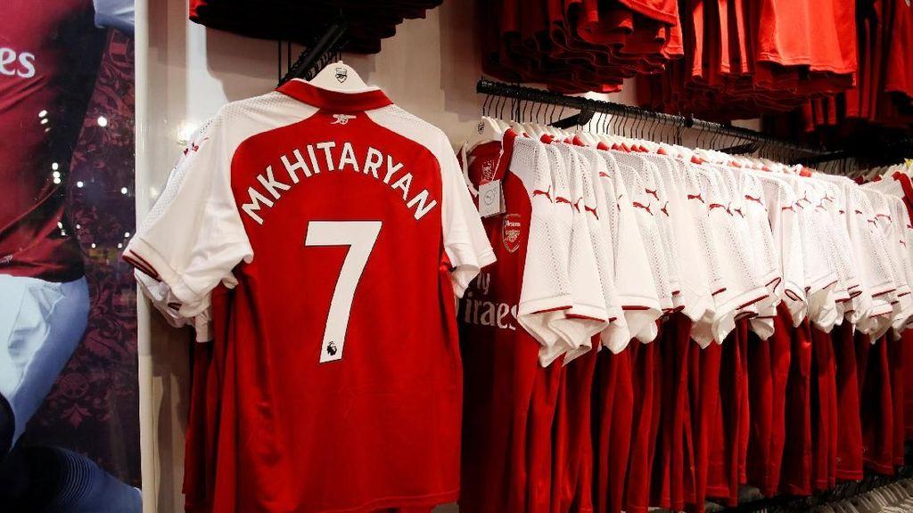 Tinggalkan Puma, Arsenal Disokong Adidas Musim Depan