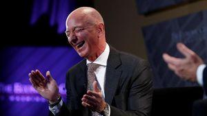 Jeff Bezos Kian Tajir Tahun Ini, Beda dengan Mark Zuckerberg