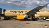 Tulisan di Badan Pesawat Ini Dianggap Cabul, Masa Sih?