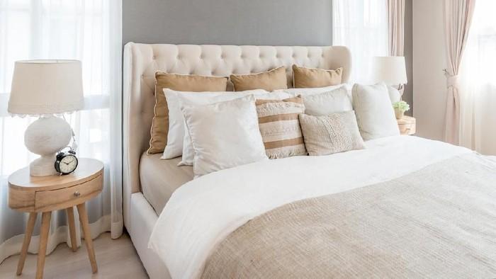Hal kecil seperti merapikan tempat tidur meningkatkan produktivitas. (Foto: iStock)