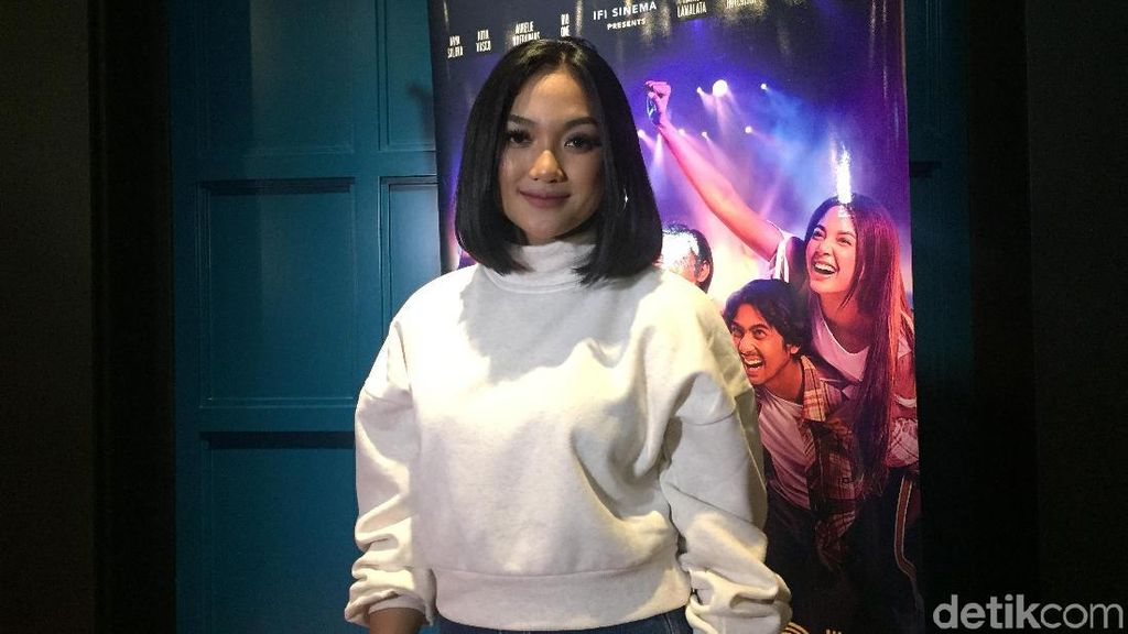 Selamat! Marion Jola Menang Best New Asian Artist Indonesia di MAMA 2018