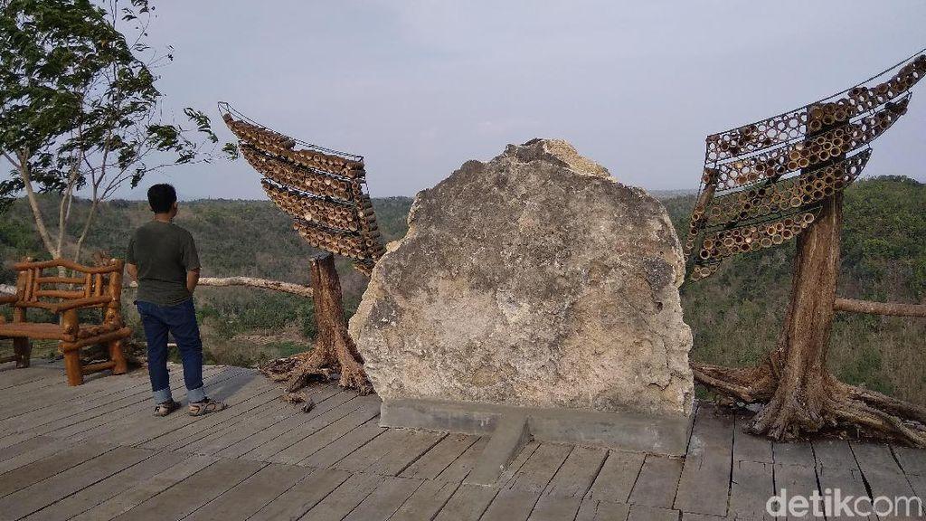 Foto: Sudah Berkunjung ke Watu Mabur di Bantul?