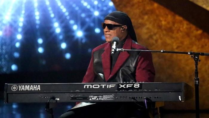 Stevie Wonder akan jalani operasi transplantasi ginjal. (Foto: Getty Images)