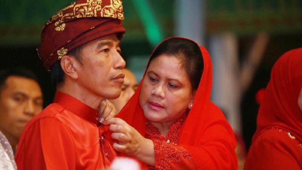 Aw! Jokowi Kenang Masa Pacaran dengan Iriana