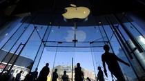 Apple Tawar Film Bond Terbaru Senilai Rp 5,8 Triliun