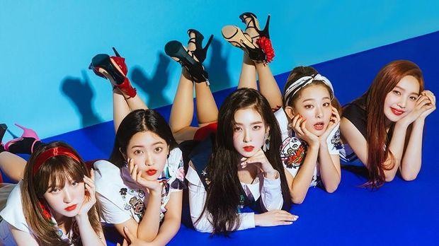 Penggemar heboh menyambut kedatangan kembali Red Velvet.