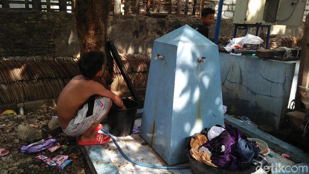Kekurangan Air Bersih, Ponpes di Rembang Pulangkan Santri