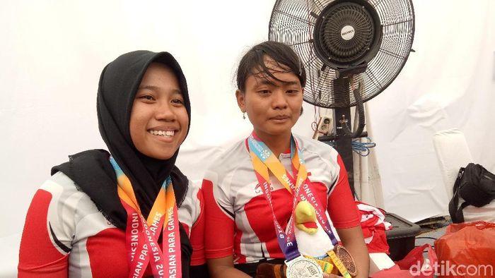 Sri Sugianti (kanan) (Amalia Dwi Septi/detikSport)