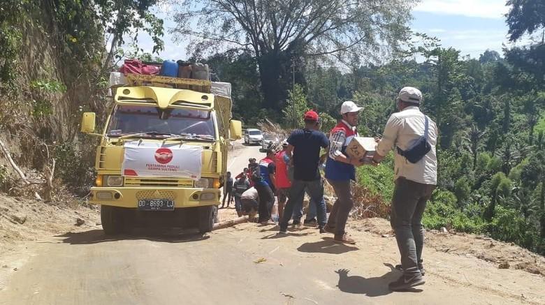 Cerita Relawan Tembus Medan Terjal Salurkan Bantuan di Palu