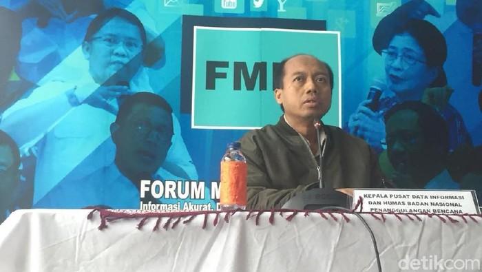 Penyintas kanker paru dan Kepala Pusat Data dan Humas BNPS Sutopo Purwo Nugroho. Foto: Ibnu Hariyanto/detikcom