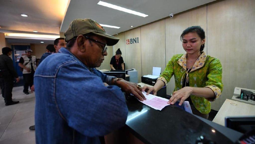 Pulih Pasca Gempa, 12 Outlet BNI di Sulteng Sudah Ramai Nasabah