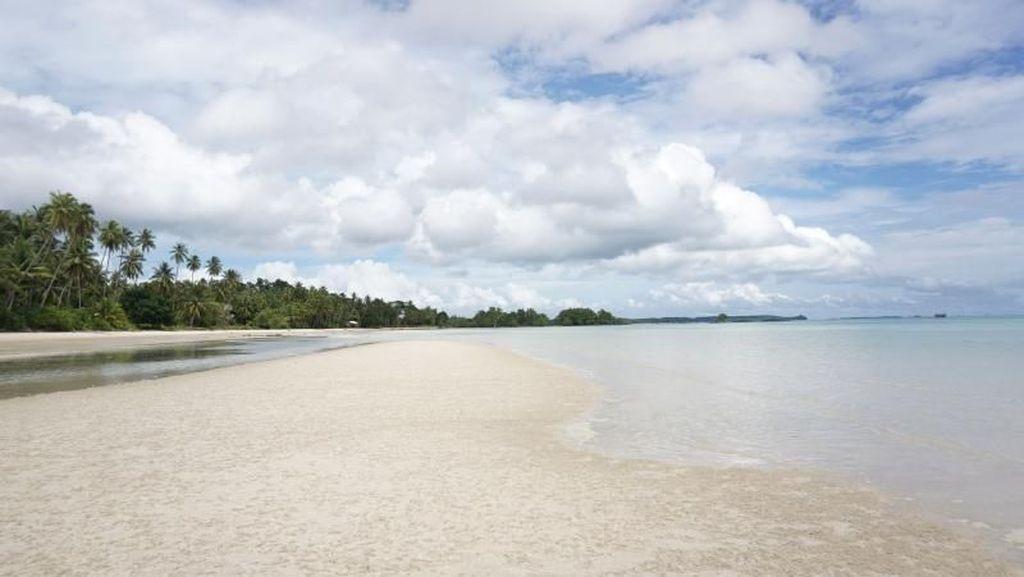 Pulau Posek, Perawan Tersembunyi di Kepulauan Riau