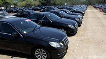 Parkiran Mobil Mewah Pejabat Bank Dunia-IMF