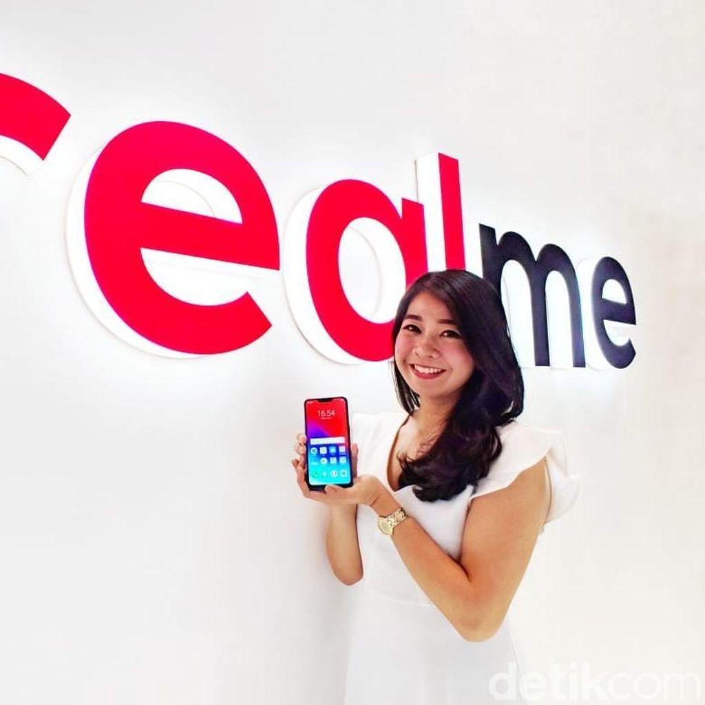 Makin Agresif, Ponsel Realme Rambah Toko Offline