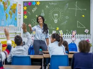 Kontroversial, Guru Suruh Siswa Pakai Kardus agar Tidak Nyontek saat Ujian