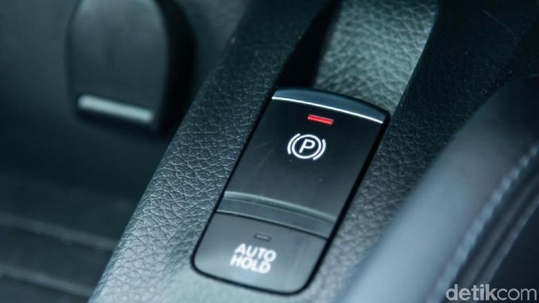 Rem tangan dan rem parkir elektronik
