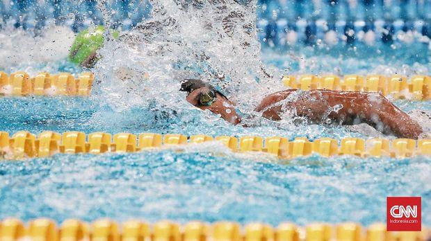 Jendi Pangabean meraih emas kedua dari kolam renang Asian Para Games 2018 setelah Syuci Indriani.