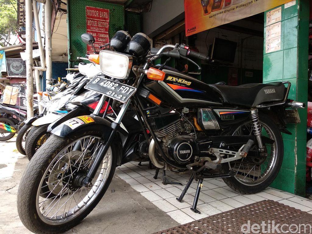 Yamaha RX-King di diler motor bekas, Pelangi Motor, di kawasan Jatinegara, Jakarta Timur, saat ditemui detikOto.