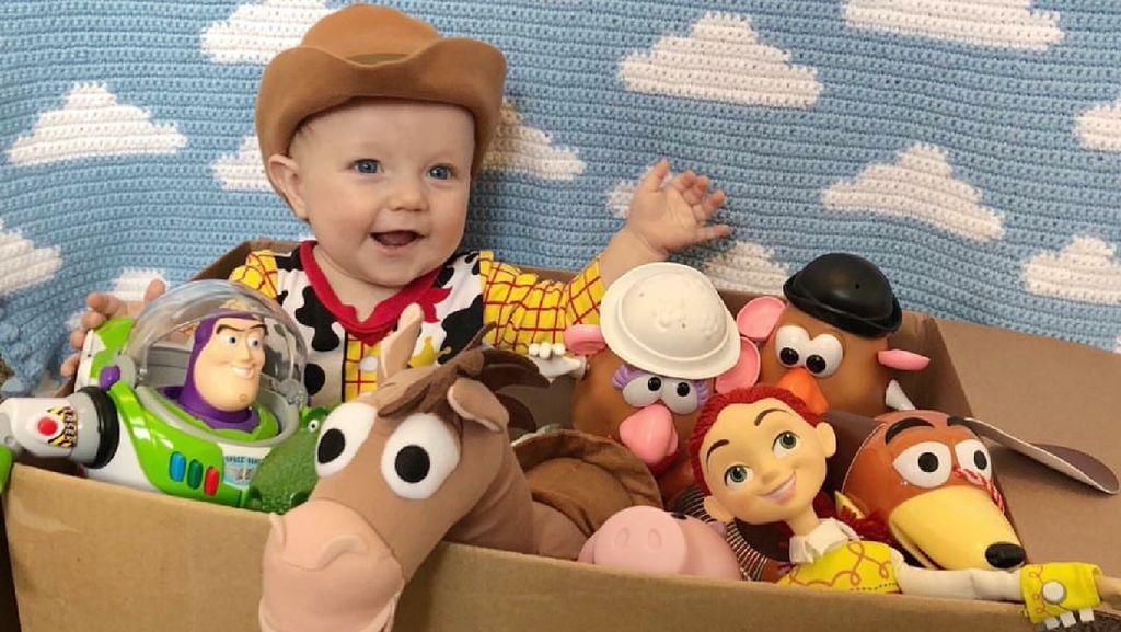 Cerita Ayah Kreatif Hobi Dandani Anak Jadi Karakter Toy Story