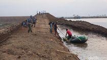 Air di Kolam Turun, Tanggul Penahan Lumpur Sidoarjo Ditinggikan