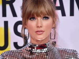 Ganteng! Taylor Swift Jadi Cowok Berjenggot di Video Klip The Man