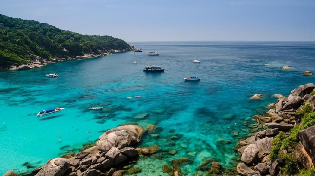 Pulau Cantik di Thailand Ini Tak Boleh Diinapi Turis