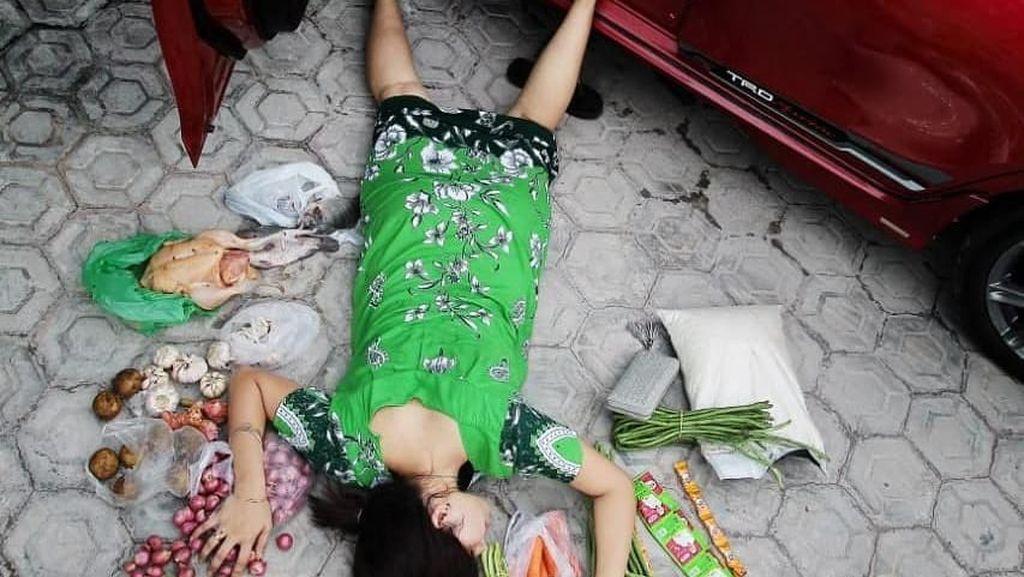 Bukan Berhambur Uang, Netizen Ikut #fallingstarchallenge Pakai Makanan hingga Panci