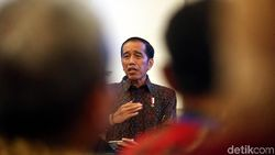 Gencar Bangun Infrastruktur, Jokowi: Jangan Hanya Melihat Jawa