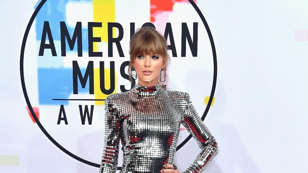 Pidato di AMA 2018, Taylor Swift Minta Fans Ikut Pemilu