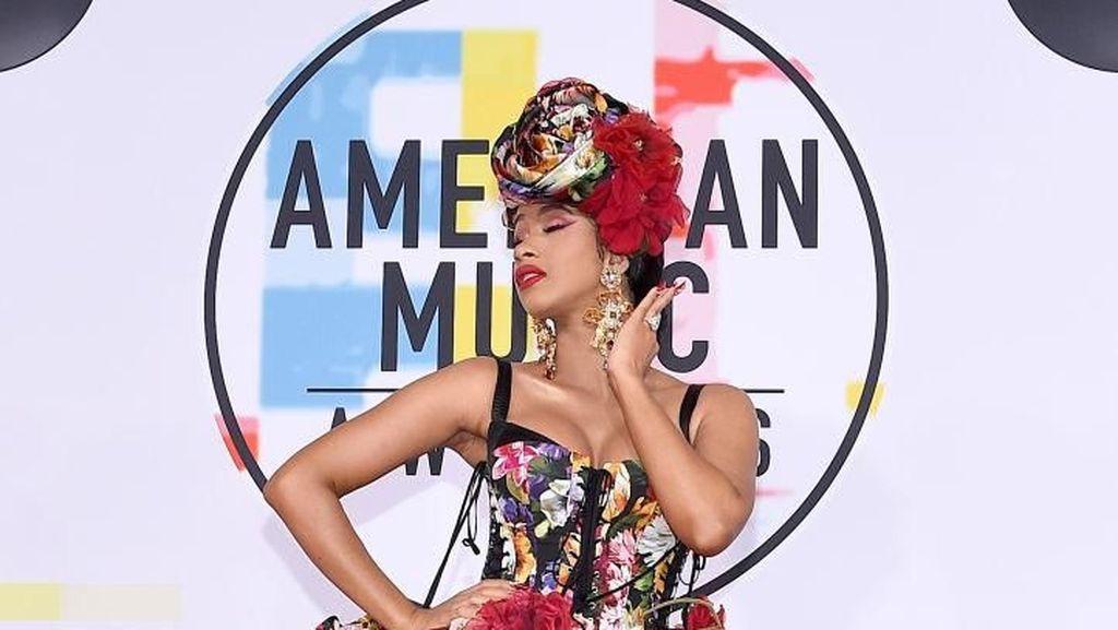 Akhirnya, Cardi B dan Nicki Minaj Sepakat Berdamai