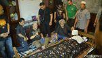 Suasana Duka di Rumah Indro Warkop