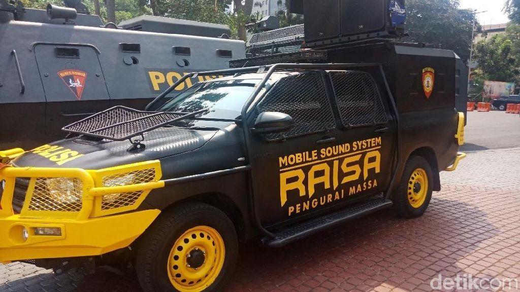 Mobil Raisa Disiagakan Sambut Massa Aksi Kawal Amien Rais