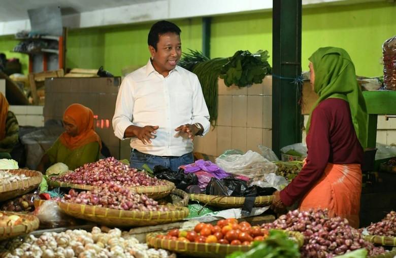 Ke Pasar Induk Yogyakarta, Rommy Pantau Harga Kebutuhan Pokok