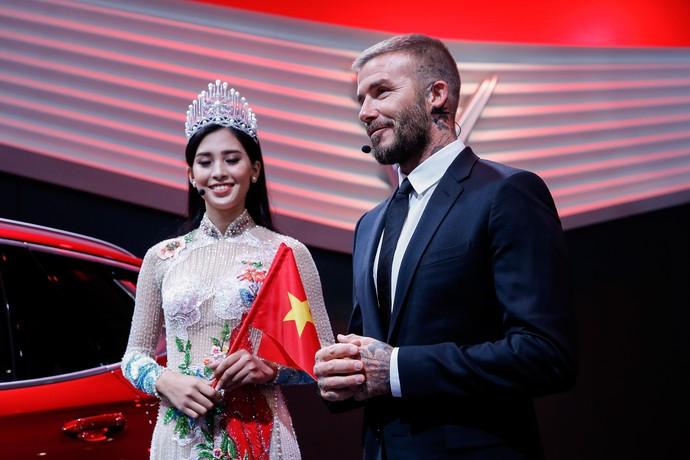David Beckham Nongol di Peluncuran Mobnas Vietnam di Paris