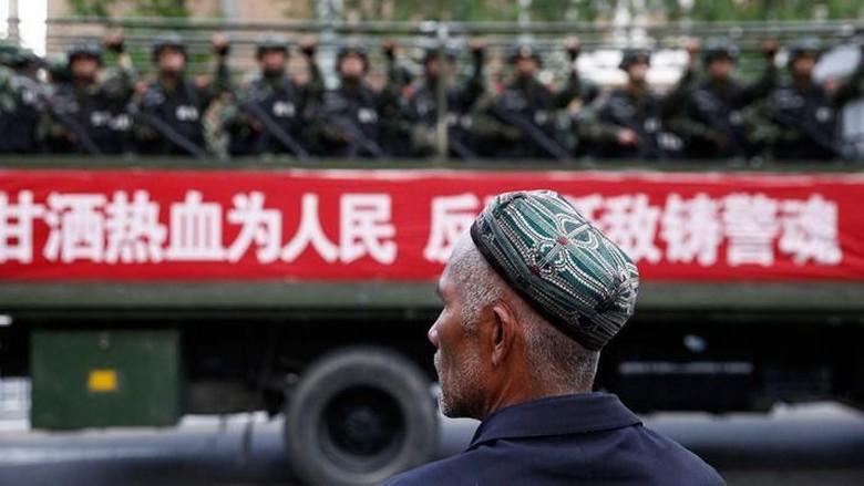 China dan AS Adu Mulut Soal Penahanan Uighur dalam Forum PBB