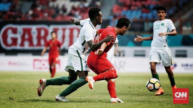 Timnas Indonesia U-19 kesulitan menembus pertahanan Taiwan di babak pertama.