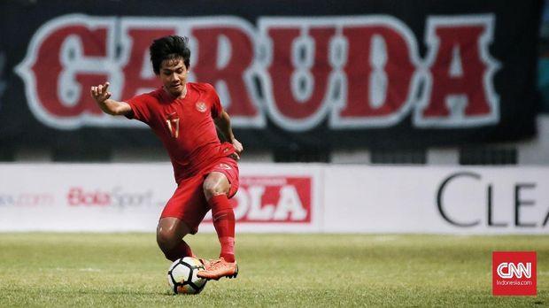 Firza Andika cetak dua gol ke gawang Yordania. (