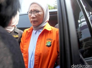 Ratna Sarumpaet Dibawa ke Biddokes untuk Pemeriksaan Kesehatan