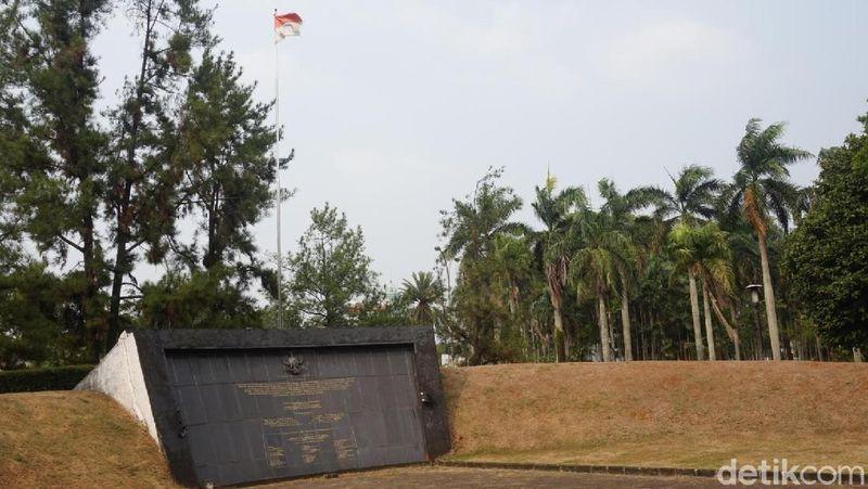 Foto: Inilah Monumen Palagan Lengkong, yang dibuat untuk mengenang peristiwa Lengkong tahun 1946 silam (Shinta/detikTravel)