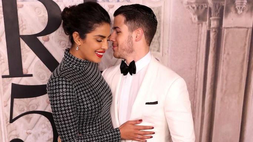 Meghan Markle Hamil, Priyanka Chopra Kode Keras ke Nick Jonas