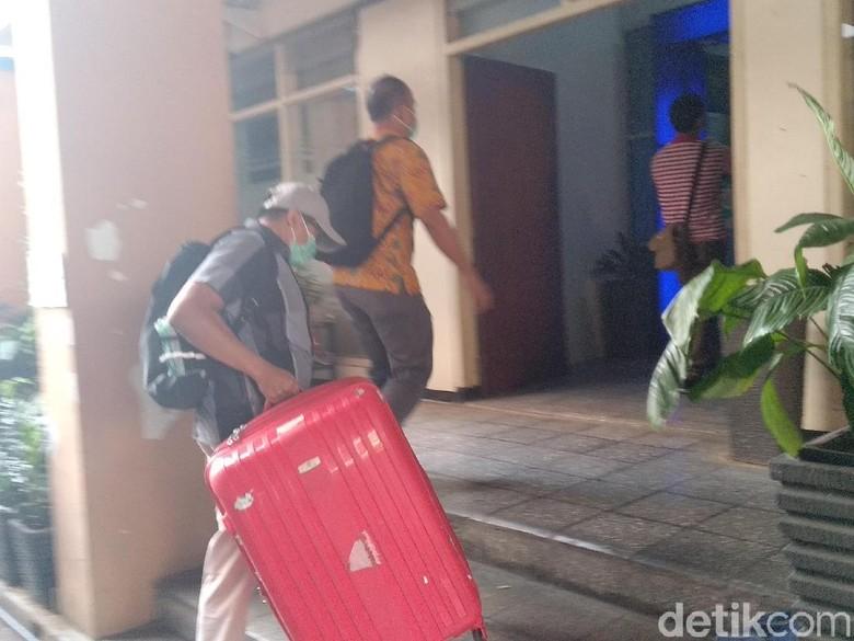 Misteri Koper Merah KPK Kala Penggeledahan di Malang, Apa Isinya ?