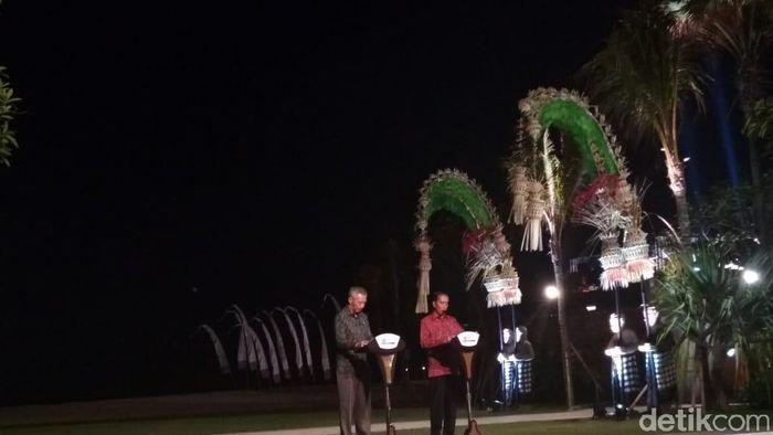 Presiden Jokowi dan PM Singapura Lee Hsien Loong/Foto: Hendra Kusuma/detikFinance