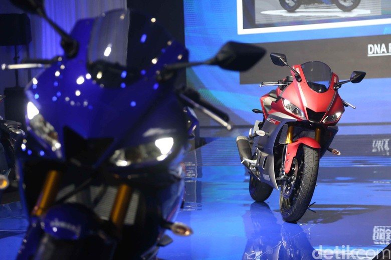 Yamaha R25. Foto: Pradita Utama