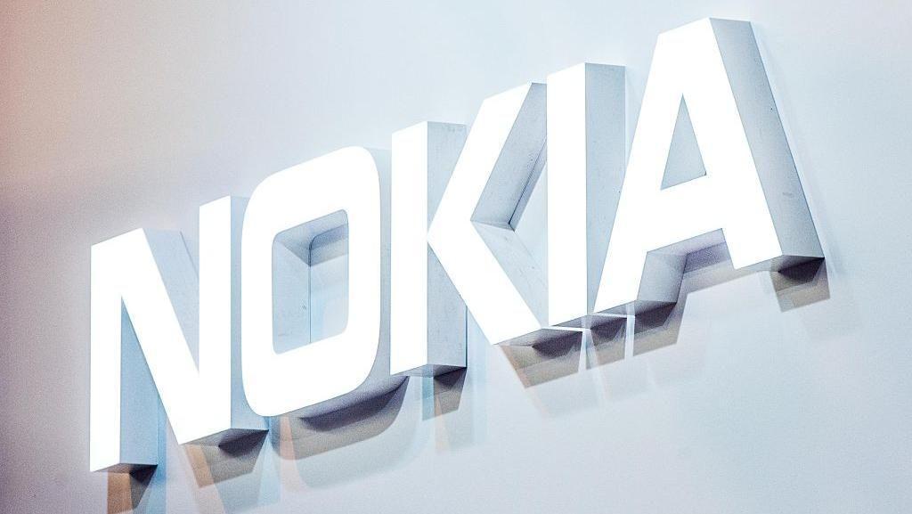Mau Ikut Bikin Ponsel Layar Lipat, Nokia?